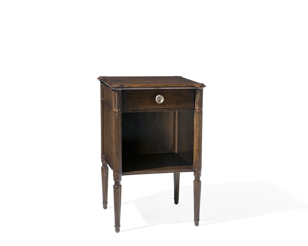 Ebanista-Cardinet-Side-Table-1.jpg