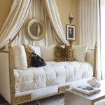 Villandry Day Bed in Meridian Residences