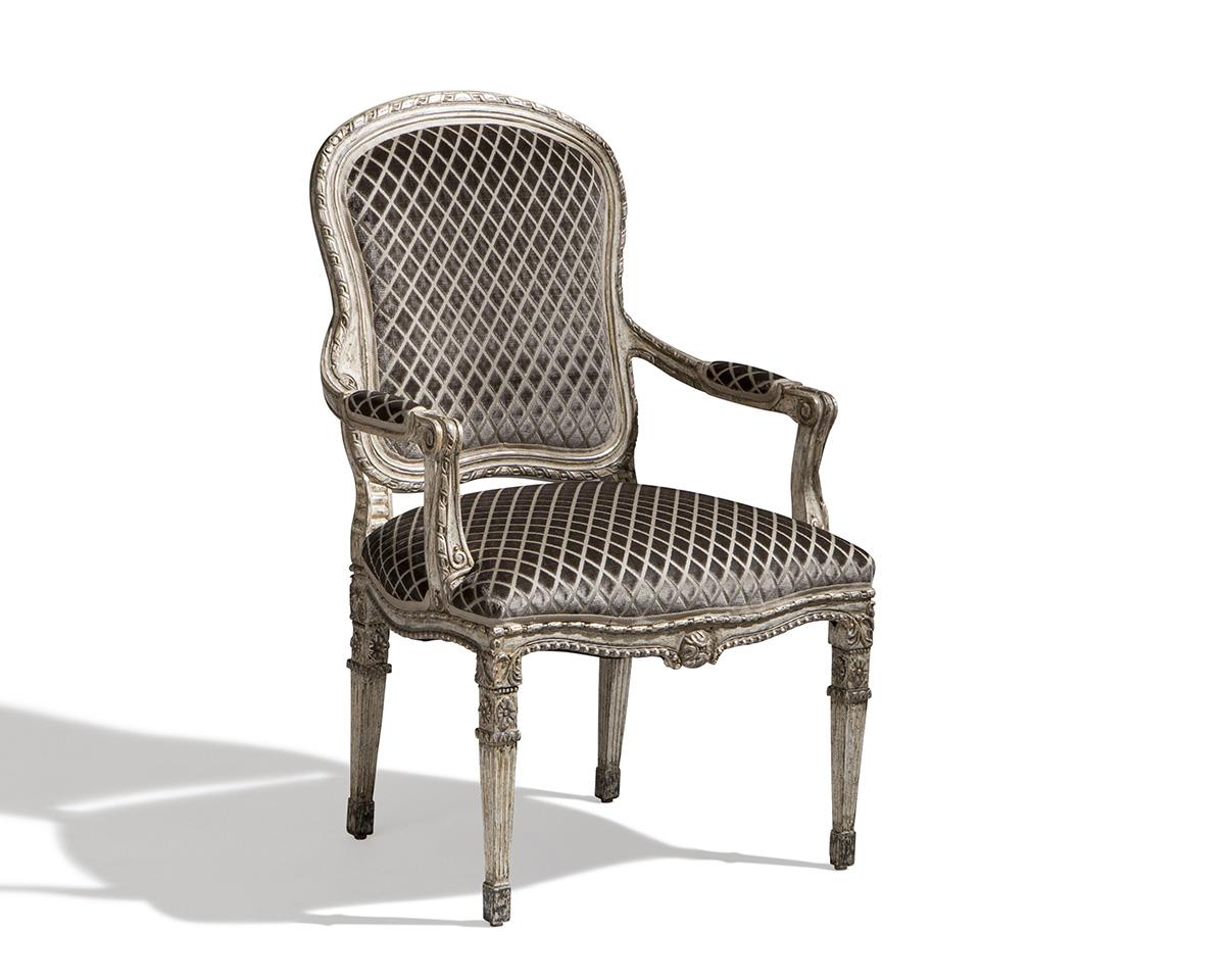Ebanista-Petit-Trianon-Arm-Chair-EV-Angle-Web-1.jpg