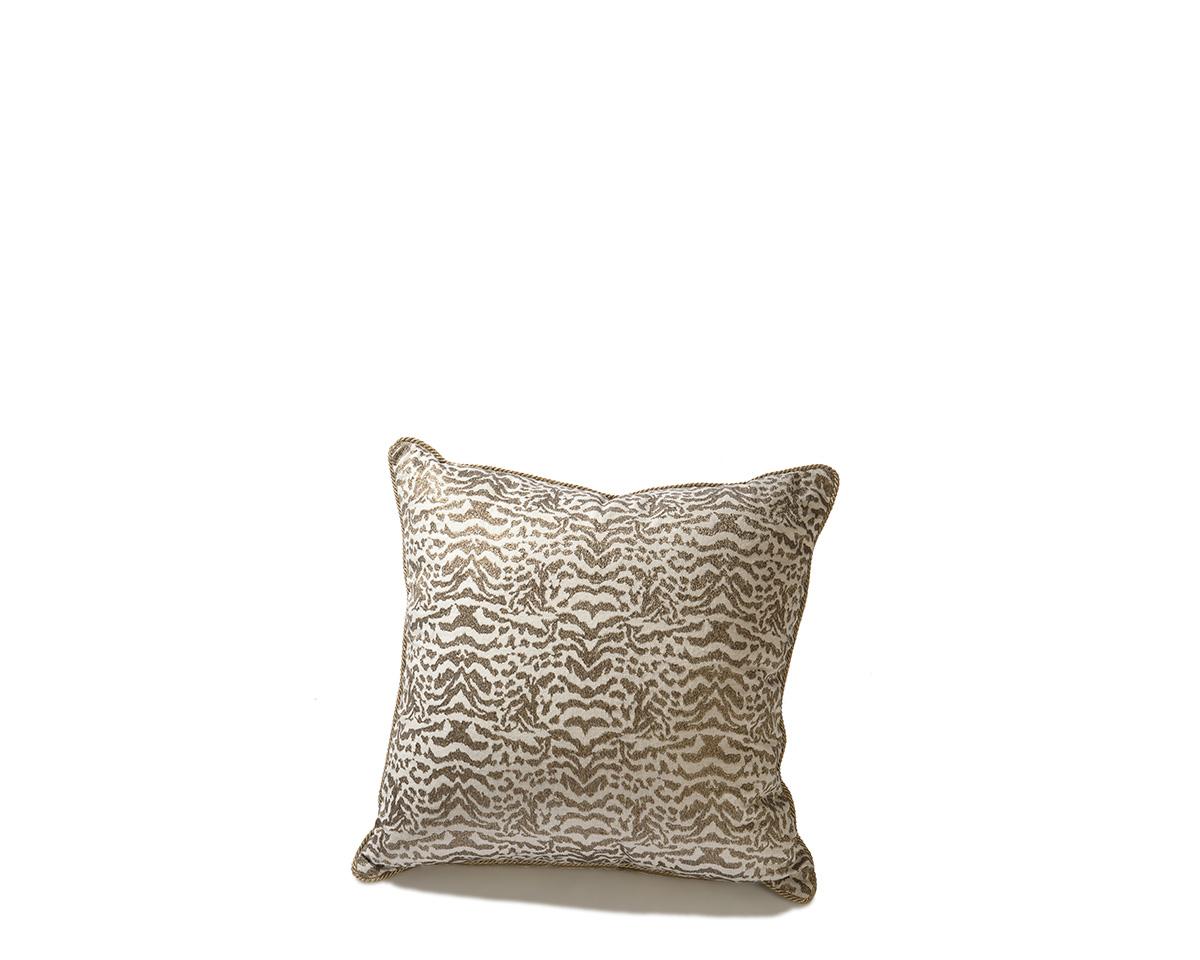 Ebanista_Paris_I_Pillow-1.jpg
